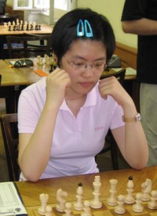 Hou Yifan - First Saturday - LearningChess